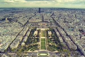 view_from_the_eiffel_tower_by_qvisions-d5n44vm